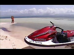 Hit The Beach...F70