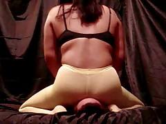Roxy reverse rides slave