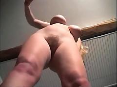 Busty Upskirt