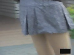 More Asian Girls bending over