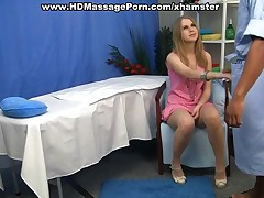 Youngs blonde gets in massage fuck
