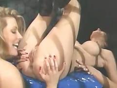 Lesbians in dungeon