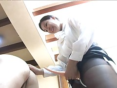 Japanese office ladie fucks a guy