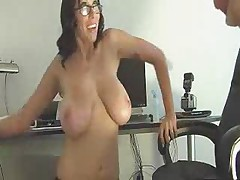 F60 Big Boobs GOOD HANDJOB IN OFFICE