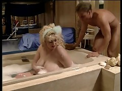 Kirsten Halborg fucked in the bath