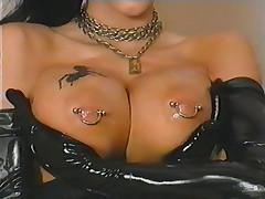 O pearl in Latex