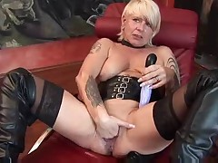 German Mature Pussyplay