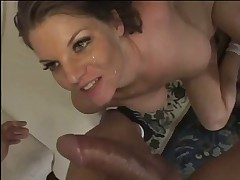 Hot Mature Cheater Fucks Her Personal Trainer
