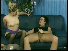 Sex On The Couch With Kelly