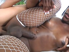 Black T-Girl Fucks Guy