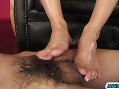 Skinny Japanese Babe Hatano Yui Teasing And Giving A Footjob