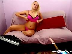 Webcam Fucking Machine With Vanessa Cage