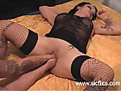 anal and vaginal fist fucked amateur slut