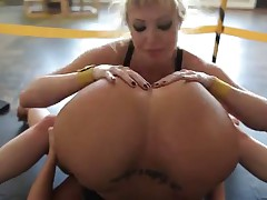 Kelly Divine vs Adriana Nicole wrestling
