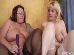 Mature Naked Lezzies xLx