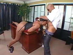 Ebony babe presents and gets fucked