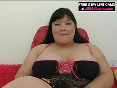 Olivia - Fat Pussy Likes Fingers In Her Huge Pussy