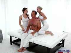 Two beauties with cute faces are fucking in anal