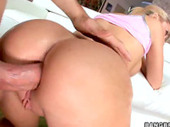 Workout girl takes anal sex