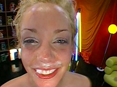 Hardcore bukkake with smiling blonde