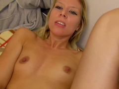 Blonde pickup chick has hardcore sex