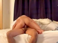 Asian amateur gets her bearded clamp nailed
