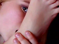 Sexy Girl Self Toes Sucking