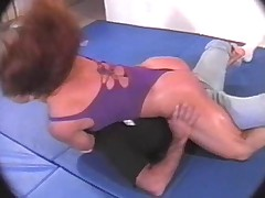 Female Sexual agression (Susan Kaminga), mixed wrestling