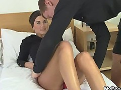 Before her BF gets back he fucks her