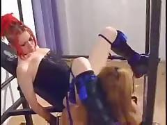 Maintenance on a Punk Girl by snahbrandy