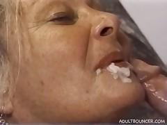 Grannies love facials Cumpil