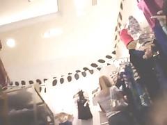 Usa Upskirts1 VIEWING Girls Fittingroom - NV